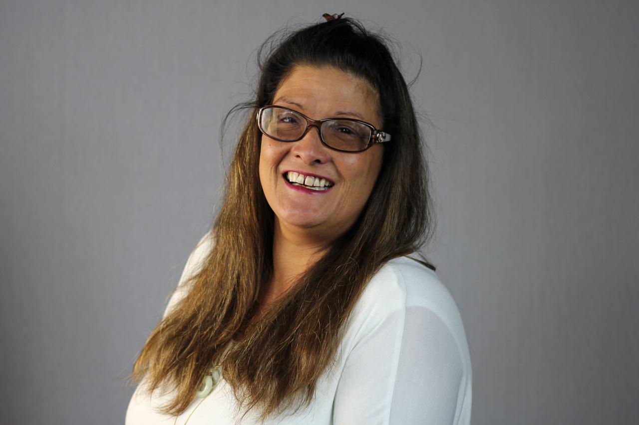 Lynette Akiona